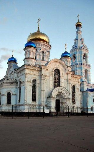 фотография церкви успения Богородицы в Малоярославце