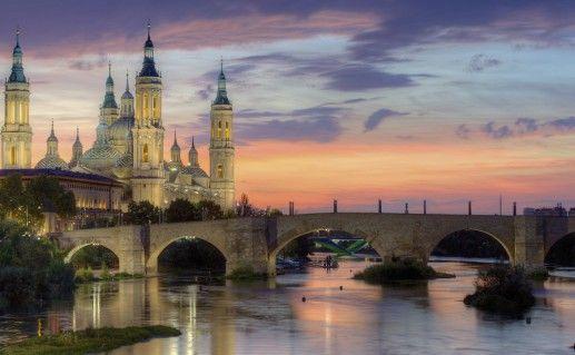 фотография каменного моста в Сарагосе
