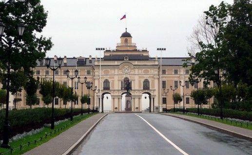 Большой Стрельнинский дворец фото