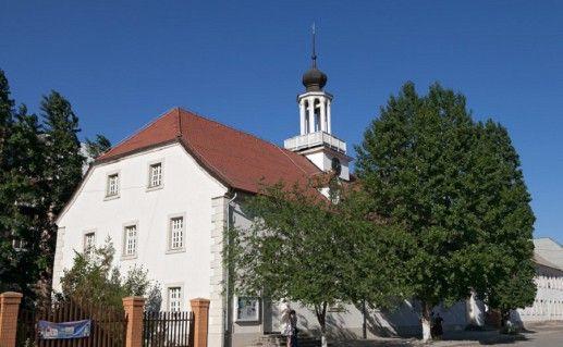фото немецкой кирхи в волгоградской Старой Сарепте