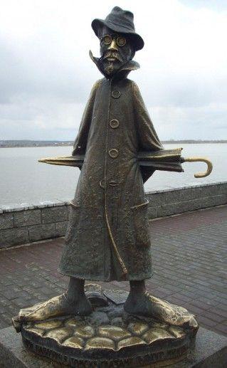 томский памятник Чехову фотография