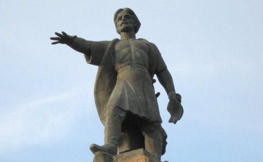 фотография памятника Дубенскому в Красноярске