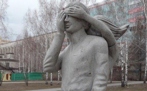 новосибирский памятник первому свиданию фото
