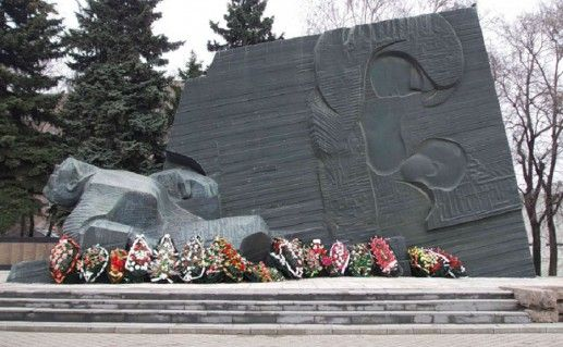 фотография памятника славы в Воронеже