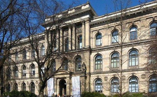 фотография музея естественной истории в Берлине