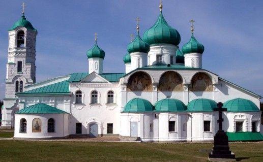 Александро-Свирский монастырь в Ленинградской области фото