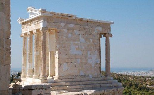 фото храма Ники Аптерос в Греции