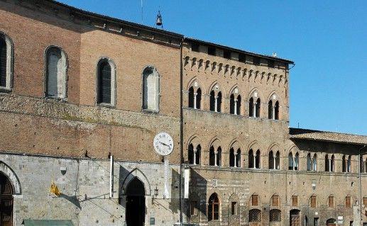 фото Санта Мариа делла Скала в Сиене
