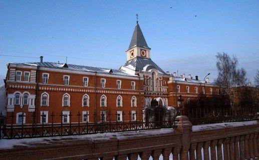 фото Свято-Троицкой Сергиевой пустыни в Санкт-Петербурге