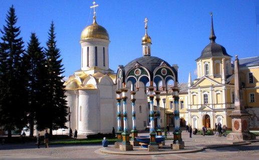 подмосковная Троице-Сергиева лавра фотография