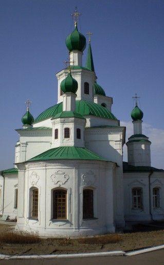 Свято-Троицкий Уйский собор вид сбоку фото