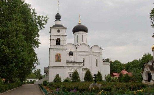 Борисоглебский монастырь в Дмитрове фото