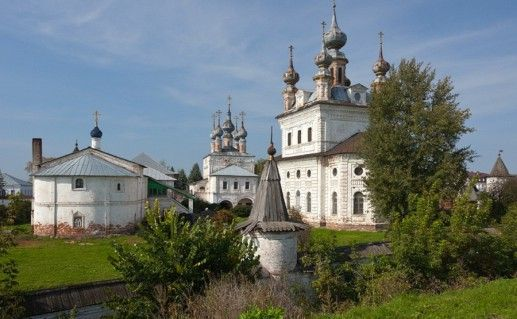 фото вида на Михайло-Архангельский монастырь в Юрьев-Польском
