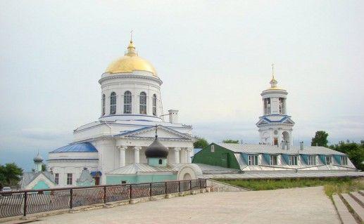 Покровский кафедральный собор в Воронеже фото