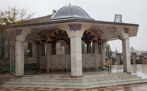 фото центральной Джума-мечети в Дагестане