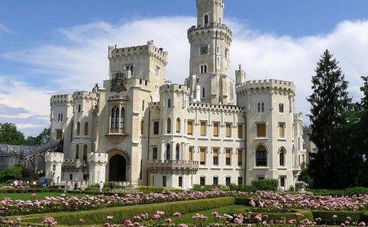 фото чешского замка Глубока-над-Влтавой