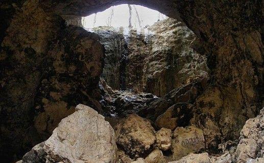 фото Пещеры Сквозной в Адыгее