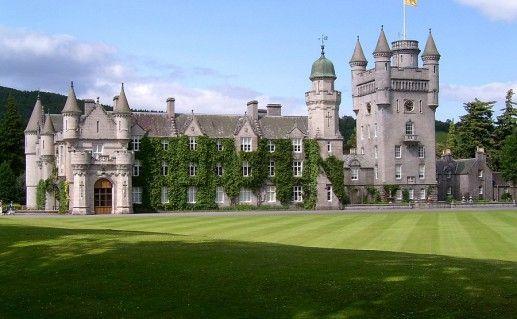 фотография замка Балморал в Шотландии