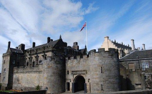 фото вида на замок Стерлинг в Шотландии