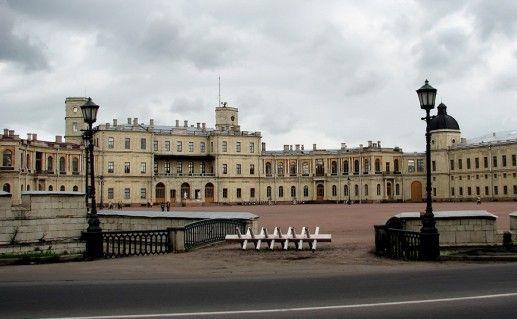 фотография вида на Большой Гатчинский дворец в России