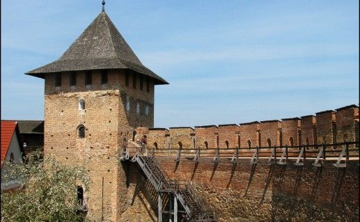 фотография вида на Луцкий замок на Украине