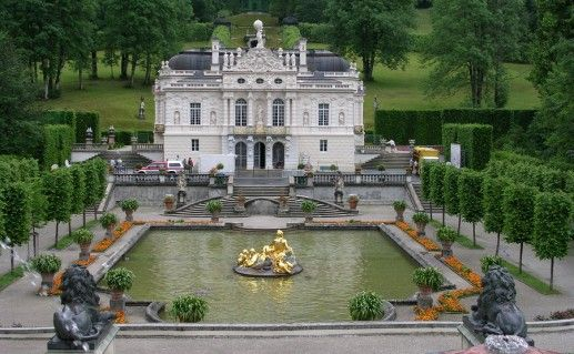 фотография баварского замка Линдерхоф
