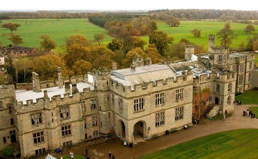 фотография вида сверху на замок Уорвик в Англии