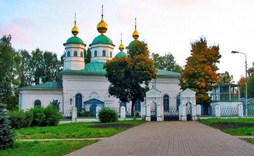 Воскресенский собор в Череповце фотография