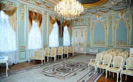 фотография зала регистрации в  петербургском Дворце бракосочетания №4