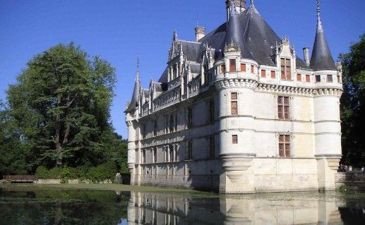 замок Азе-ле-Ридо на Луаре фотография
