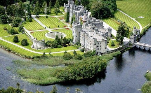 замок Эшфорд в Ирландии фото