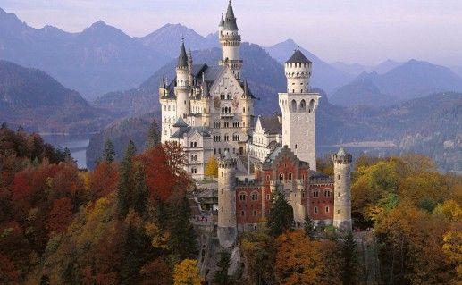 фотография баварского замка Нойшванштайн
