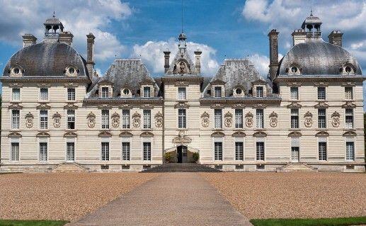 фотография франуцузского замка Шеверни на Луаре