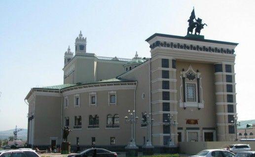 Фото Академический театр оперы и балета в Улан-Удэ