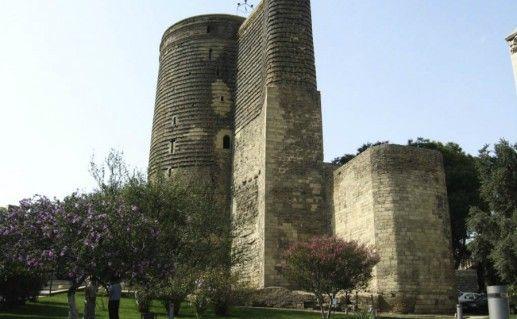 Девичья башня фотография