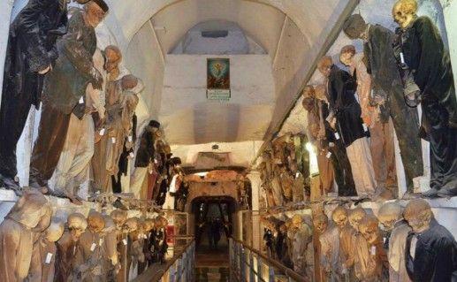 Катакомбы Капуцинов в Палермо фотография