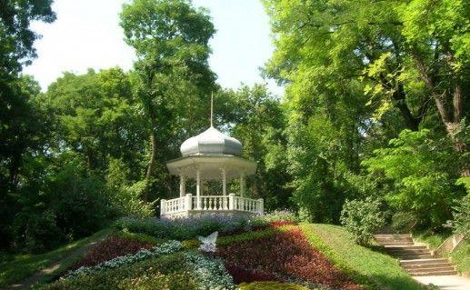 Курортный лечебный парк в Ессентуках  фото