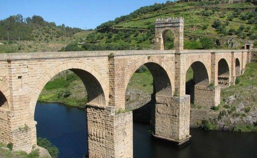 Фотография мост Алькантара в Толедо