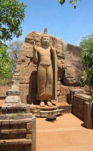 Фотография статуя Аукана Будда