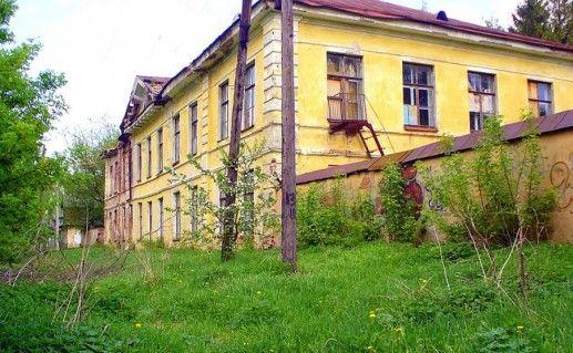 Путевой дворец в городе Торжке фото