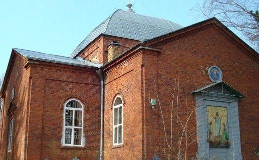 фотография церкви Петра и Павла в Валдае