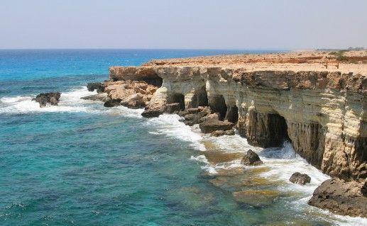 фотография морских пещер в Айя-Напе