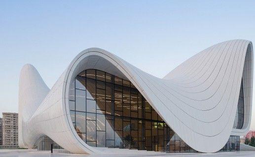 фото культурного центра Гейдара Алиева в Баку