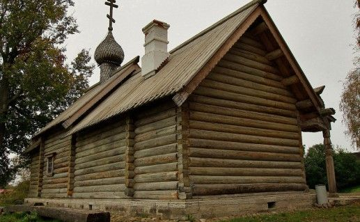церковь Дмитрия Солунского в Старой Ладоге фотография