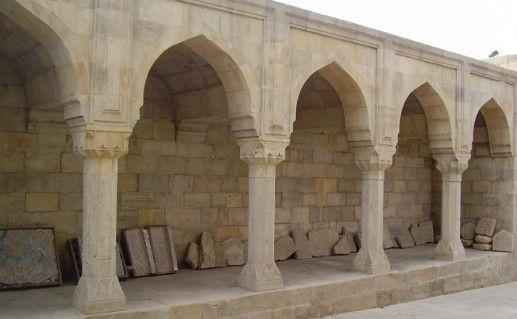 дворец Ширваншахов в Баку фото