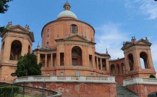 Мадонна ди Сан Лука в Болонье фотография