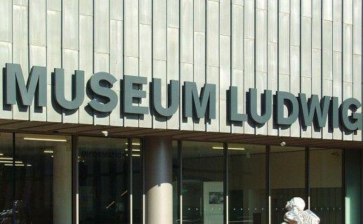 музей Людвига в Кельне фотография