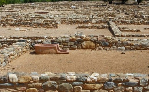руины древнего Олинфоса в Халкидики фото