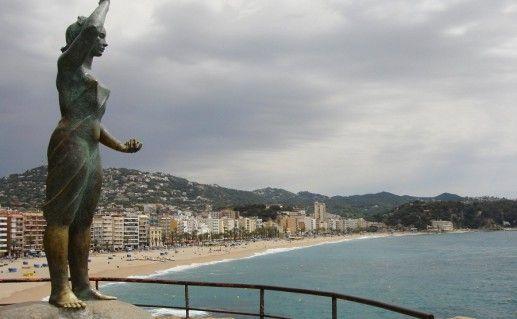 фото скульптуры Дона Маринера в Ллорет де Мар