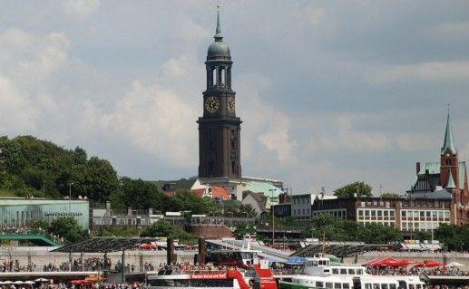 фото вида на церковь Святого Михаила в Гамбурге